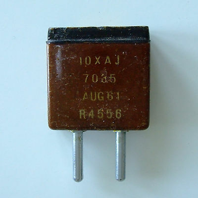 Ex military quartz crystal unit, 7.035 MHz, 10XAJ, 1961 vintage