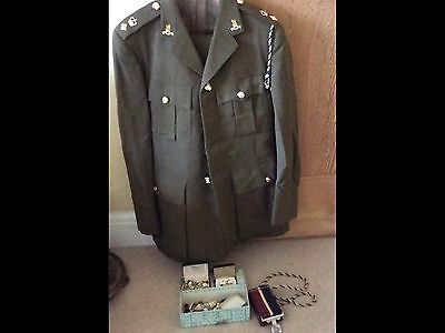Genuine British Army Officers Uniform Buttons Belt Badge Royal Army Pay Corp A