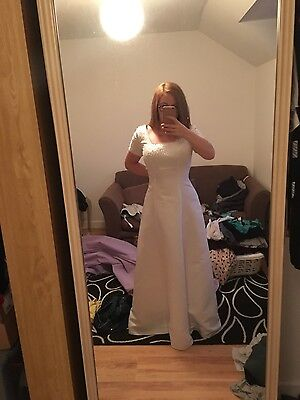 Wedding Dress / Bridal Gown Size 12-14. Brand New