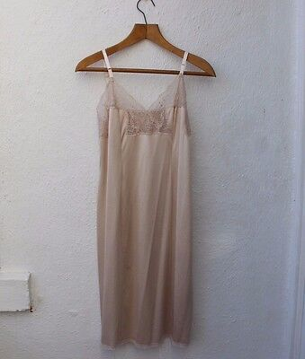 vintage slip pale pink dress lace stappy mid-length Charnos Size 16
