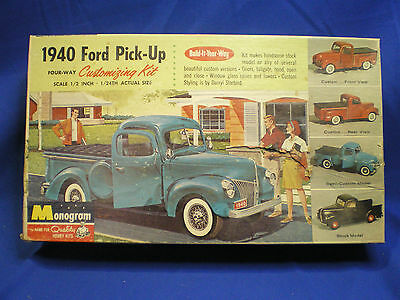Monogram 1940 Ford Pickup Vintage Built Up With Box