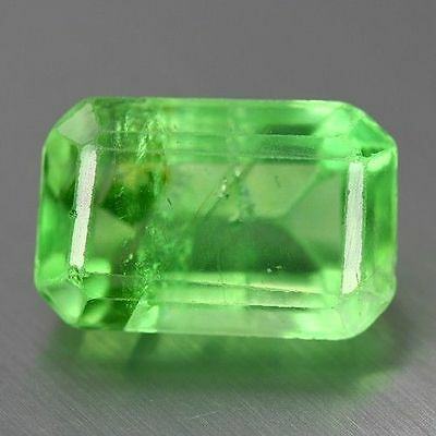 18.710 Cts GENUINE NATURAL ULTRA RARE NICE  GREEN FLUORITE UNHEATED GEM AAA!!!