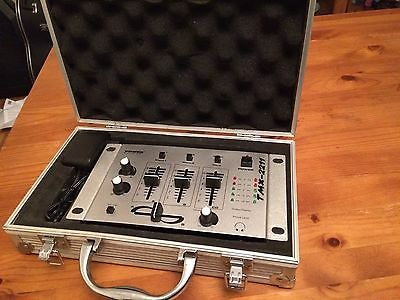 Table Mixage DJ Power Sound TMX 2211 In Hard Case With Adapter