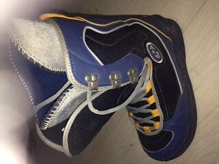 Thirty Two Snowboard boots UK size 6