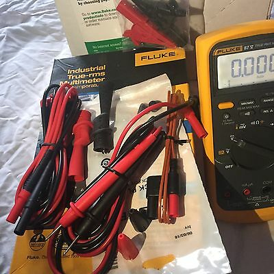 Fluke 87V True-Rms Multimeter With Extra Test Leads.Manufactured In 2016!!!!!!
