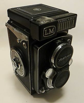 YASHICA-MAT LM TWIN LENS REFLEX 1962 COPAL MXV YASHINON 80mm f3.5 LENS WITH CASE