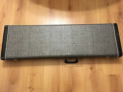 Vintage Victoria Fender Mustang Duo Sonic Musicmaster hardshell great condition