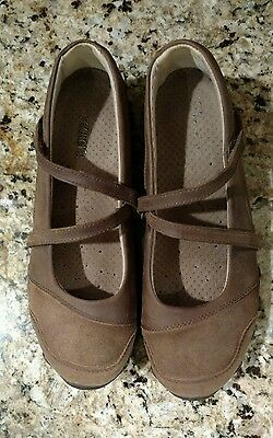 SKECHERS WOMEN MARY JANE SLIP ON BROWN LEATHER CASUAL SHOES SIZE 7 Excellent