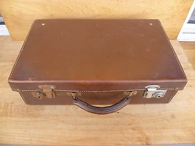 Vintage Old Small Size Leather Cow Hide Suit Case, Bag, Old Travel Case (C965)