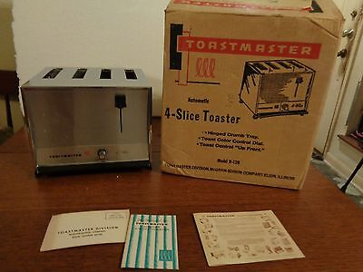 Vintage Toastmaster Automatic 4 Slice Toaster Model D128 USA New Old Stock WB