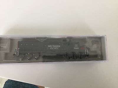 n scale locomotives Inter mountain Southern Pacific Sd45t-2