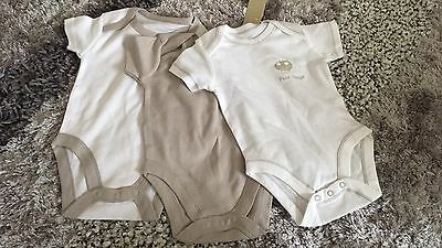 New With Tags Unisex Baby 3 Pack Bodysuits Vests White & Taupe Mushroom 3-6m