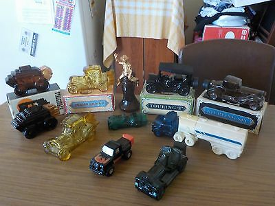 AVON  COLLECTIBLES  --  ( Some Full , Some  With  Boxes )