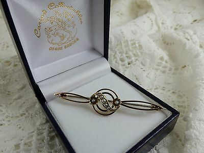 Victorian Antique 9ct Gold Pretty Pearl Brooch