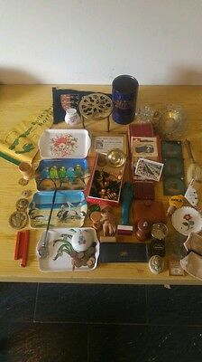 Job lot of vintage collectables