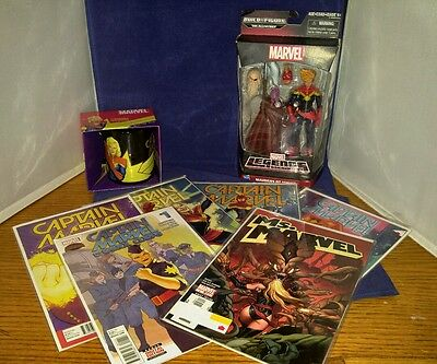 MARVEL COLLECTION LOT - Captain Marvel, Action Figure, Mug and 6 comics