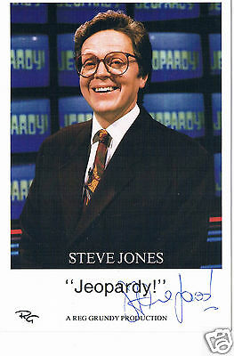 Steve Jones Television Presenter Jeopardy!  Hand Signed photograph 6 x 4