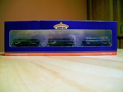Bachmann 33-090 new boxed set 3 covered 5 Plank China Clay wagons suit Hornby