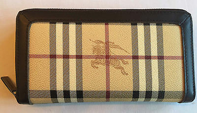 Burberry purse/wallet vintage - never used immaculate condition unwanted gift