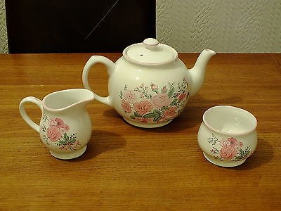 Vintage Unused Boots Rose Garden Teapot / Milk Jug & Sugar Bowl