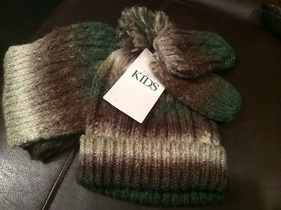 Marks and Spencer brand new hat, scarf and mittens age 6 - 18 m BNWT