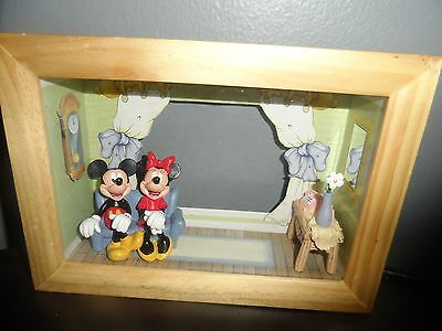 Disney Mickey & Minnie Mouse Photo Frame Shadow Box Picture Shadowbox  3D