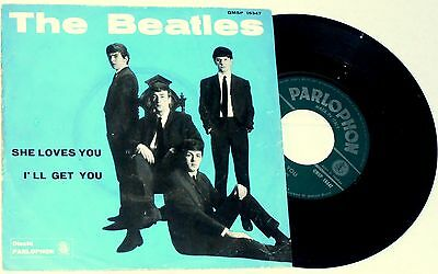 THE BEATLES       ---  she loves you  ---