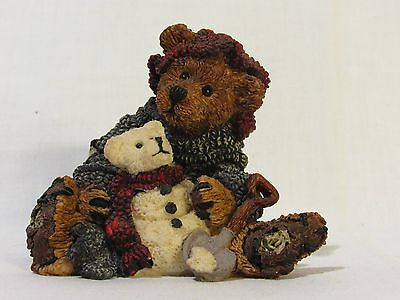 BOYDS BEARS & FRIENDS ELLIOT & SNOWBERRY FIGURINE 20E #2242 Bearstone Excellent
