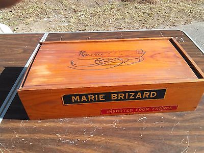 Marie Brizard , crate ,RARE! / transport/ sliding lid, labels ,vintage wine box