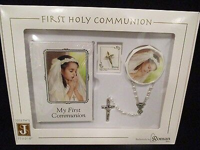 first communion girl 5 pc boxed set w prayer book, rosary & box, pin and scapula