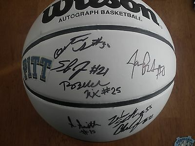 2016 Pittsburgh Panthers Autographed NCAA Full Sized Basketball