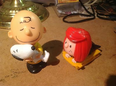 CHARLIE BROWN WITH SNOOPY & LUCY ACTION TOYS (PEANUTS) - 2pcs