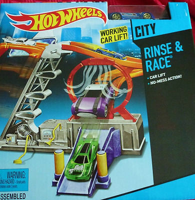 Hot Wheels City Rinse and Race Set NEW, with car,play set