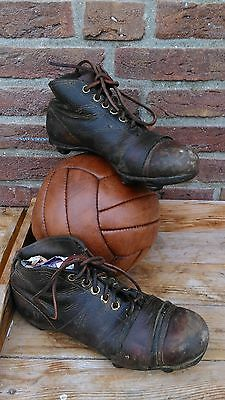 antique vintage leather football shoes ,soccer shoes with leather cleats ,Quick