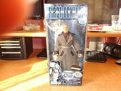 Star Trek First Contact Picard Figure 1996 New Boxed