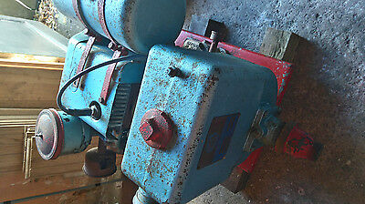Villiers MK 25 stationary engine with water pump