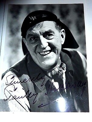 Stanley Holloway British Actor My Fair Lady Hand Signed Vintage photograph 6 x 4