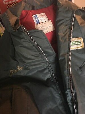 HESS Gas Station Winter Jacket with Hood XXL Preowned