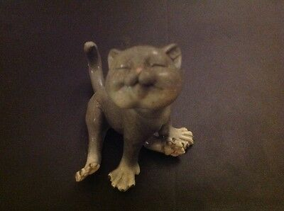 collectable cat figurine