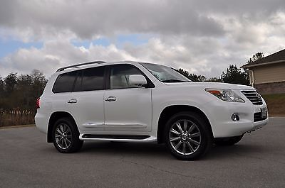 2009 Lexus LX  2009 Lexus LX570 - Like New Condition - Fully Loaded