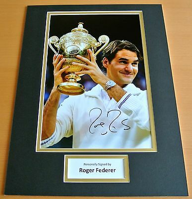 ROGER FEDERER HAND SIGNED AUTOGRAPH 16x12 PHOTO MOUNT DISPLAY TENNIS & COA