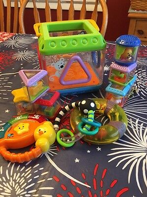 Lot Fisher Price Musical Sorter, 7 Peek A Boo Shapes Activity Cube Blocks Toy