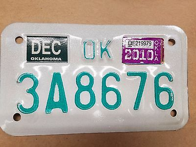 Oklahoma 2010 MOTORCYCLE License Plate 3A8676 - free shipping!