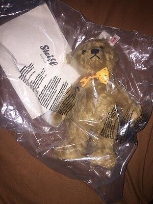 Gorgeous Steiff Bear, Unopened With Certificate