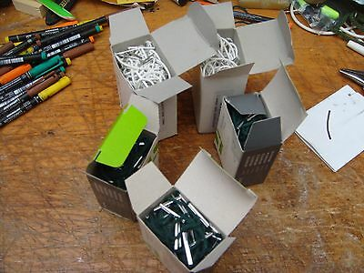 treasury tags 300 10cm green & 200 white 12.5cm tags as one lot see photos