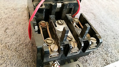 Square D 8536 Type SCG-3 Form S Contactor 600V, Series A,  31041-400-42,  Size 1