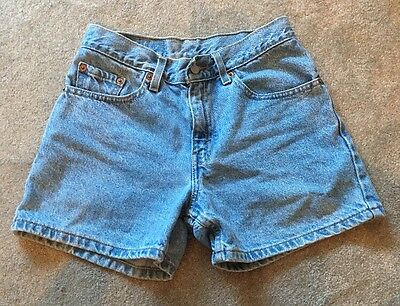 Woman's Levi's High Waisted Shorts ~ Vintage ~Junior Size 3