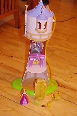 Disney Store Rapunzel castle tower with figures and accessories