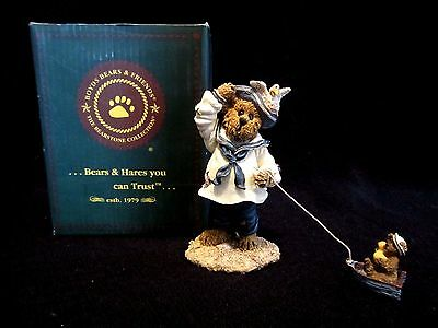 Boyds Bears & Friends, Bearstone Collection Yardley Starboard with Bouy #227761