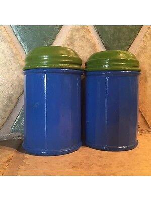 Vintage Retro Salt And Pepper Shakers Blue/green Ceramic